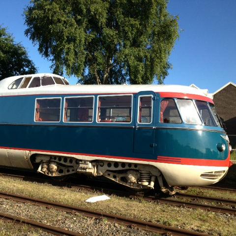 Op de sporen van de Stichting Historisch Dieselmaterieel op de Wagenwerkplaats was de unieke trein 'De Kameel' gebouwd in 1953 te bezichtigen.